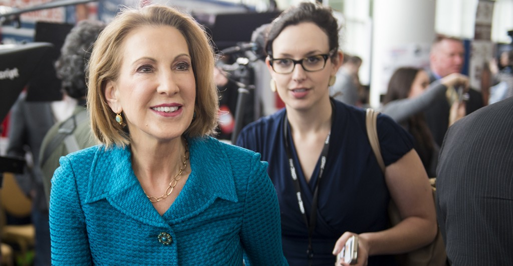 Carly Fiorina, former CEO of Hewlett-Packard, walks the hallway before her speech at CPAC. (Photo: Bill Clark/CQ Roll Call)