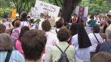 Women protest HHS mandate
