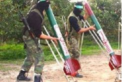 Arabs preparing Kassam rockets