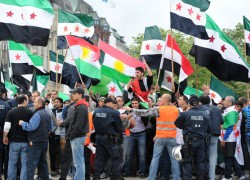 syrian_protesters120620