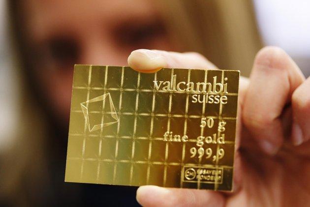 Gold Credit Card Bars Increasingly Popular As Paper