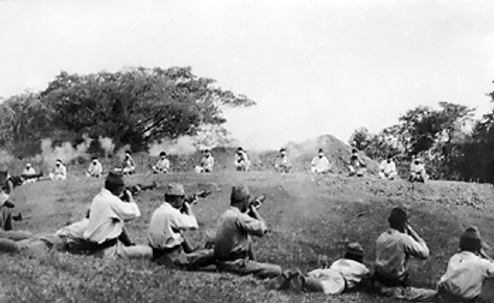 """Japanese """"soldiers"""" using captured Indian Sikhs as target practice, 1942"""