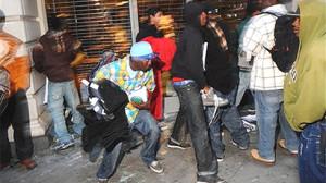 Blacks beat up reporter