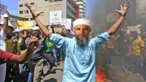 Obama protesting